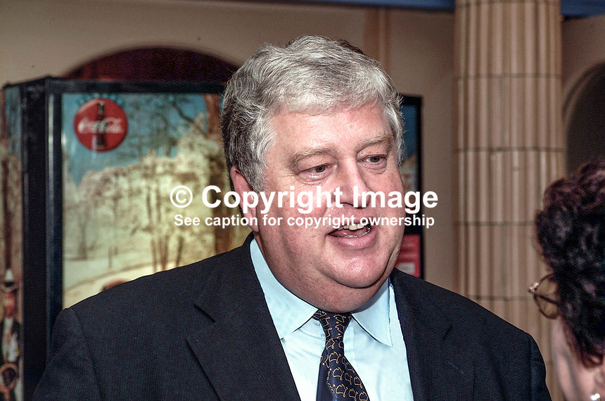 Robert Key, MP, Conservative Party, Britain, UK. Taken at Conservative Conference in Blackpool. Ref: 200110104278..Copyright Image from Victor Patterson, 54 Dorchester Park, <br />