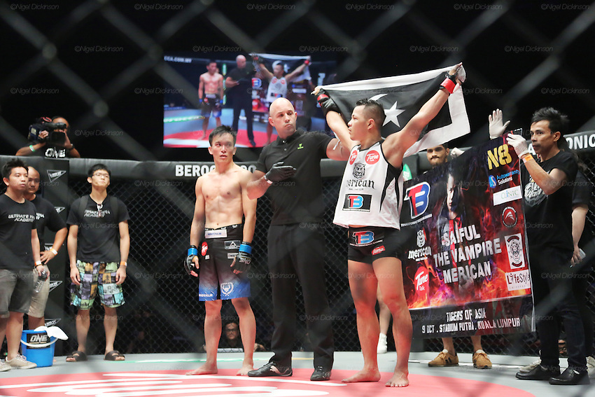 Saiful Merican, 1st ranked WMA featherweight, fights and beats Melvin Yeoh, South Malaysia Muay Thai Champion<br />