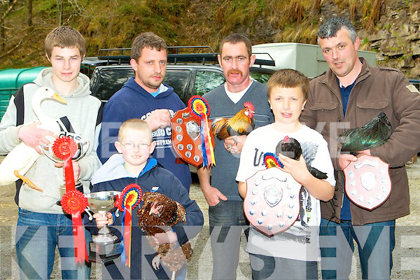 Mike Griffin MPF presents the Best in Show Champion ribbon to Gerard Lynch Listowel at the Munster Poultry Fair in Coolwood Killarney on Sunday l-r: Jason O'Sullivan Skibbereen Best Water Foul, Darren Herlihy Offaly Best Junior, Mike Griffin, Gerard Lynch Listowel Best in Show, Kyle Griffin Castlemaine Reserve champion and Tommy Butler Offaly Reserve champion.