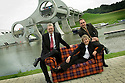 05/08/2004   Copyright Pic: James Stewart.File Name : jspa06_yerbury.THE CANDIDATES FOR THE SNP LEADERSHIP, MIKE RUSSELL, ROSESANA CUNNINGHAM AND ALEX SALMOND, GET TOGETHER FOR A PHOTOCALL ON THE TARTAN SOFA AT THE FALKIRK WHEEL TO HELP LAUNCH PHOTOGRAPHER TREVOR YERBURY'S SCOTLAND'S PEOPLE EXHIBITION....Payments to :.James Stewart Photo Agency 19 Carronlea Drive, Falkirk. FK2 8DN      Vat Reg No. 607 6932 25.Office     : +44 (0)1324 570906     .Mobile  : +44 (0)7721 416997.Fax         :  +44 (0)1324 570906.E-mail  :  jim@jspa.co.uk.If you require further information then contact Jim Stewart on any of the numbers above.........