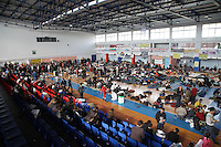 Pictured: Hundreds of migrants in Ierapetra basketball arena. Friday 28 November 2014<br />