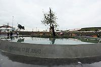 SAO PAULO, SP, 17 JULHO 2012 - MEMORIAL 17 JULHO - Memorial 17 de Julho, que será inaugurado hoje, em homenagem às 199 vítimas do acidente do voo TAM JJ 3054, que caiu no local no ano de 2007, ao lado do Aeroporto de Congonhas, na zona sul de São Paulo.<br />  (FOTO: ADRIANA SPACA / BRAZIL PHOTO PRESS).