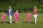Crown Prince Willem-Alexander of The Netherlands (2ndL) and his wife Princess Maxima and their children Alexia ( C), Ariane (L) and Amalia pose for the annual summer photocall in Wassenaar July 7, 2012. REUTERS/Michael Kooren. (NETHERLANDS)