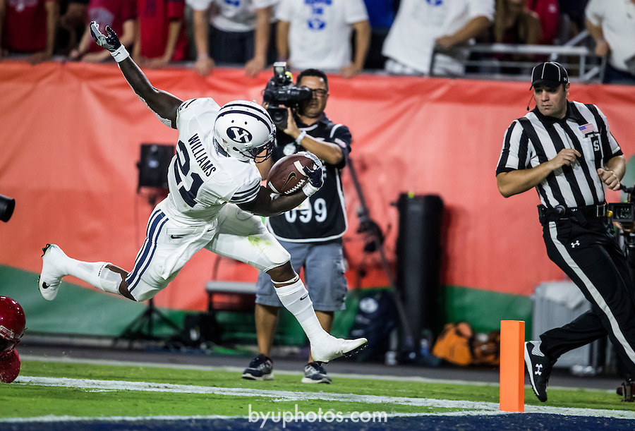 16FTB at Arizona 1651<br /> <br /> 16FTB at Arizona - Cactus Kickoff<br /> <br /> BYU Football defeated Arizona 18-16 in the Cactus Kickoff hosted at the University of Phoenix Stadium in Glendale, Arizona. It was also the first win for new Head Coach Kalani Sitake. <br /> <br /> September 3, 2016<br /> <br /> Photo by Jaren Wilkey/BYU<br /> <br /> © BYU PHOTO 2016<br /> All Rights Reserved<br /> photo@byu.edu  (801)422-7322