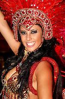 SAO PAULO, SP, 18 DE FEVEREIRO 2012 - CARNAVAL SP - DRAGOES DA REAL - Danielle França destaque  da escola de samba Dragoes da Real momentos antes do desfile na segunda noite do Carnaval 2012 de São Paulo, no Sambódromo do Anhembi, na zona norte da cidade, neste sábado.(FOTO: ALE VIANNA - BRAZIL PHOTO PRESS).