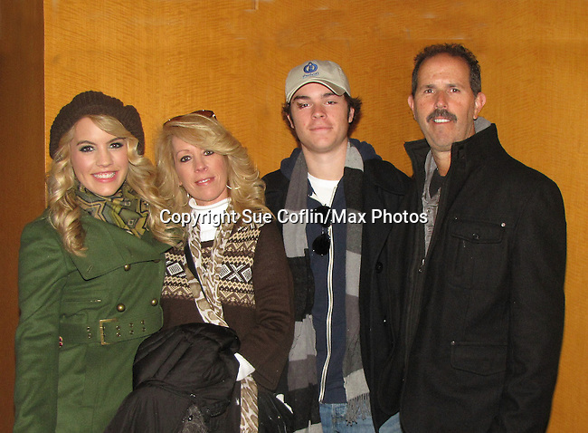 "General Hospital's Kristen Alderson ""Starr Manning"" poses with her brother One Life To Live Eddie Alderson, mom Kathy and dad Rich at the Philadelphia 93rd Annual Thanksgiving Day Parade on November 22, 2012 in Philadelphia, Pennsylvania. (Photo by Sue Coflin/Max Photos)"