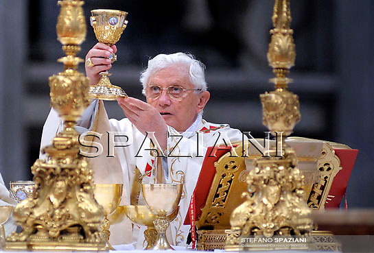 Pope Benedict XVI is pictured during the canonisation ceremony of the blesseds, Ukrainian Zygmunt Szczesny Felinski , Spanish Francisco Coll y Guitart, Belgian Josef, Daamian de Veuster, Spanish Rafael Arnaiz Barón, French Marie de la Croix (Jeanne) Juganon in St.Peter's Basilica during at the Vatican on October 11, 2009.