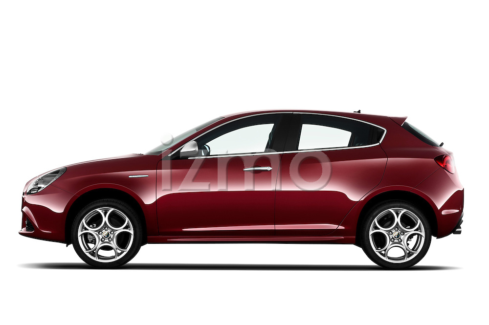 Driver side profile view of a 2010 - 2014 Alfa Romeo Giulietta 5 door hatchback.