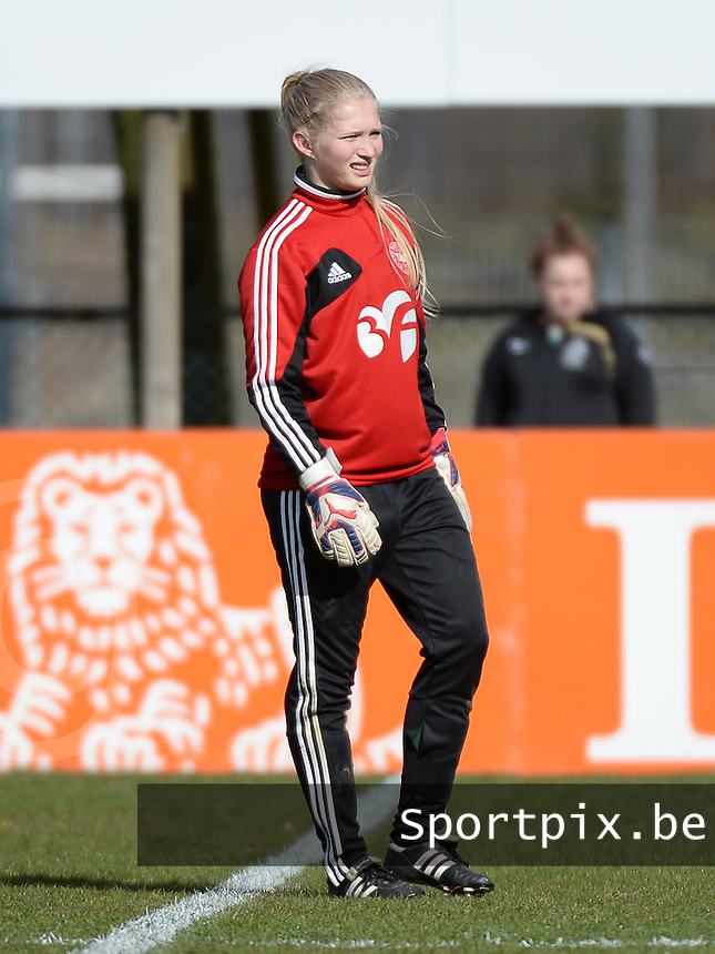 20150404 - LANDGRAAF , Netherlands :<br /> <br /> Danish goalkeeper Thora Hansen<br /> , pictured during the female soccer match between Women Under 19 teams of Denmark and Slovenia , on the first matchday  in Group 6 of the UEFA Elite Round Women Under 19 at the Sportcomplex Strijthagen Stadium , Landgraaf , Netherlands<br /> <br /> Thursday 31 march 2015<br /> foto Dirk Vuylsteke / David CATRY