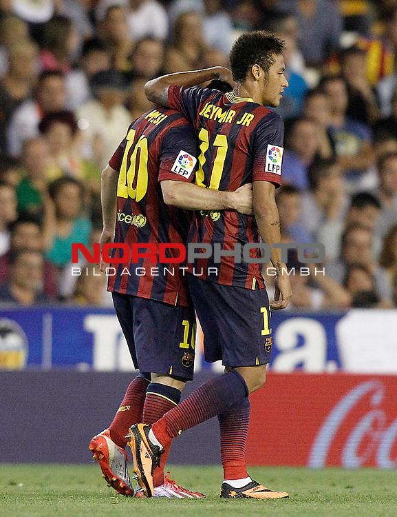 FC Barcelona's Neymar Santos Jr and Leo Messi (l) celebrate goal during La Liga match.September 1,2013. Foto © nph / Acero)