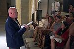 Lecture de Charles Pennequin<br /> <br /> Cadre : Festival Uzes danse 2013<br /> Lieu : Librairie le Parefeuille<br /> Ville : Uzes<br /> 15/06/2013<br /> &copy; Laurent Paillier / photosdedanse.com