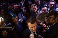 Ritratto di Macron durante una sua presentazione a Saint Denis (Parigi)