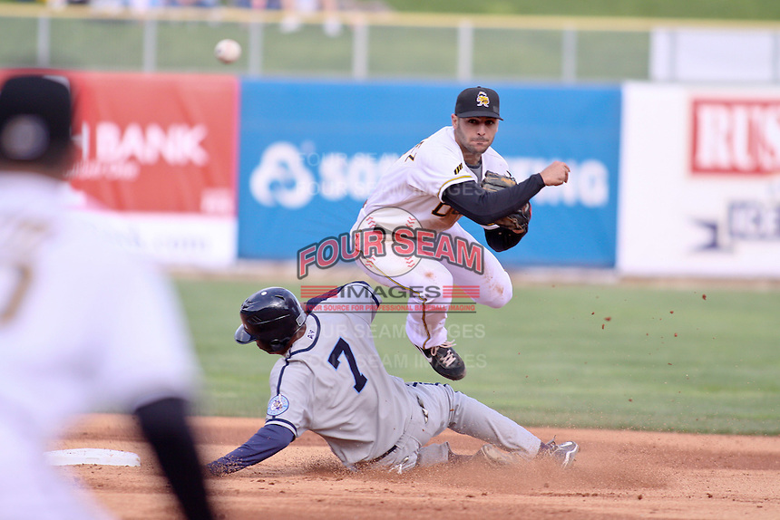 April 27, 2009:  Sean Rodriguez of the Salt Lake Bees, Pacific Cost League Triple A affiliate of the Los Angeles (Anaheim) Angles, during a game at the Spring Mobile Ballpark in Salt Lake City, UT.  Photo by:  Matthew Sauk/Four Seam Images