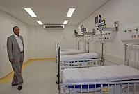 SAO PAULO, SP, 07 DE FEVEREIRO DE 2012 - Governador Geraldo Alckmin entrega nova ala de uti e centro de diagnostico do Hospital do Mandaqui, zona norte da cidade, nesta manha de terca-feira (07). FOTO RICARDO LOU - NEWS FREE