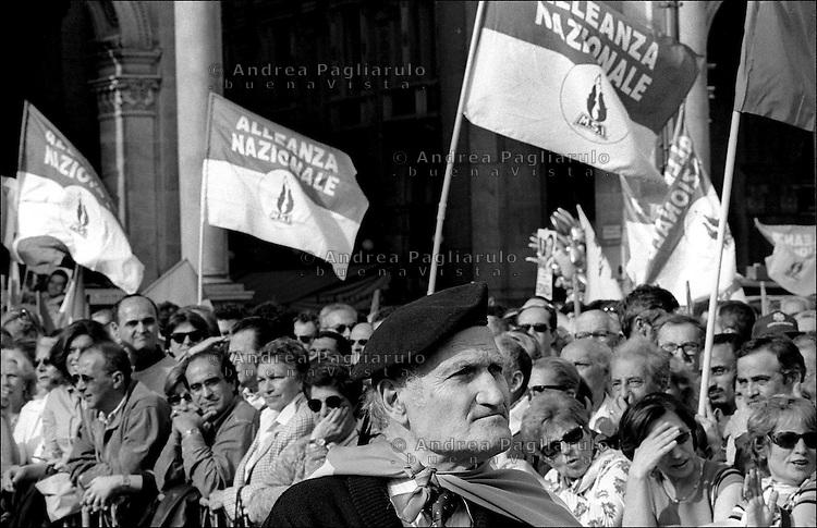 Italia, Milano, manifestazione Alleanza Nazionale..Italy, Milan, demonstration Alleanza Nazionale politic party..