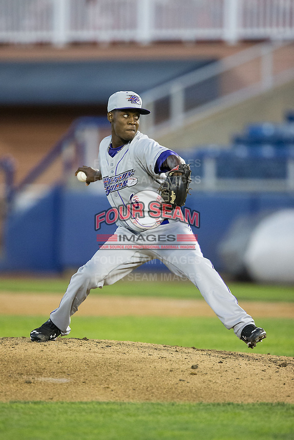 Winston-Salem Dash relief pitcher Euclides Leyer (6) in action against the Salem Red Sox at LewisGale Field at Salem Memorial Ballpark on May 13, 2015 in Salem, Virginia.  The Red Sox defeated the Dash 8-2.  (Brian Westerholt/Four Seam Images)