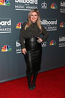 2018 Billboard Music Awards Host Kelly Clarkson Photo Call