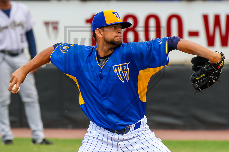 Wisconsin Timber Rattlers pitcher Victor Diaz (34) during a Midwest League game against the Kane County Cougars on June 11, 2017 at Fox Cities Stadium in Appleton, Wisconsin.  Kane County defeated Wisconsin 6-4. (Brad Krause/Krause Sports Photography)