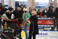 SCHAATSEN: LEEUWARDEN: 26-03-2017, Elfstedenhal, Prijsuitreiking arrensleewedstrijden, oud kamerlid Lutz Jacobi, ©foto Martin de Jong