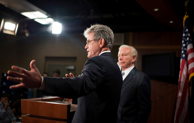 UNITED STATES - JUNE 28:  Sens. Tom Coburn, R-Okla., left, and Joe Lieberman, I-Conn., conduct a news conference in the Capitol on a bipartisan effort to reform Medicare that will also reduce the national deficit.  (Photo By Tom Williams/Roll Call)