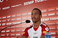 SÃO PAULO, SP, 29 DE NOVEMBRO DE 2013 - COLETIVA SAO PAULO - O jogador do São Paulo, Ademilson, durante a coletiva no CT da Barra Funda, região oeste da capital, na manhã desta sexta-feira, 29. FOTO: MARCELO BRAMMER / BRAZIL PHOTO PRESS
