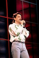 FILE PHOTO :  Francis Cabrel<br />  circa 1987<br /> Photo :  Pierre Roussel  - Agence Quebec Presse