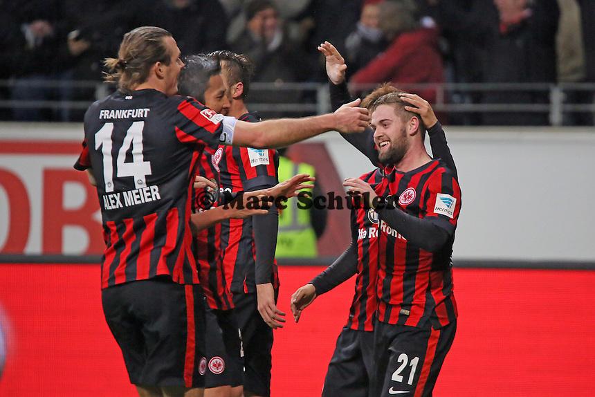 Torjubel um Marc Stendera (Eintracht) beim 5:2 - Eintracht Frankfurt vs. SV Werder Bremen, Commerzbank Arena