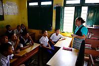 NEPAL Pokhara, tibetan refugee camp Prithvi, children in tibetan school / NEPAL Pokhara, tibetisches Fluechtlingslager Tashi Ling, tibetische Kinder in Schule