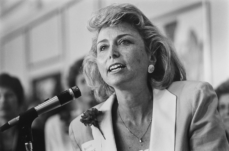 Rep. elect Lynn Schenk in Nov. 1992. (Photo by Laura Patterson/CQ Roll Call)