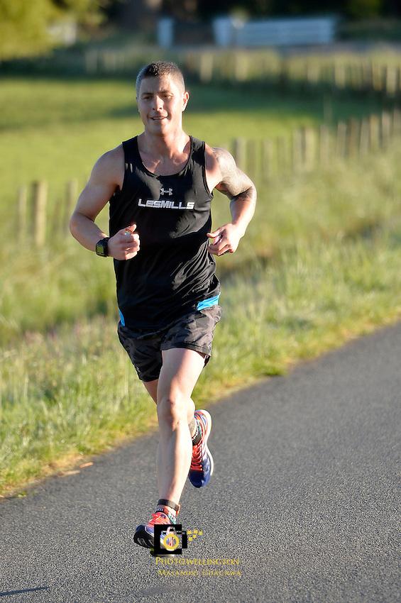 Wairarapa Country Marathon, Half Marathon &amp; Fun Run/Walks at Masterton, Wairarapa, New Zealand on Sunday 13 October 2013.<br /> Photo by Masanori Udagawa.<br /> www.photowellington.photoshelter.com