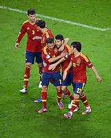 FUSSBALL  EUROPAMEISTERSCHAFT 2012   VORRUNDE Spanien - Irland                     14.06.2012 Torjubel nach dem 4:0: Gerard Pique, Javi Martinez, Jordi Alba, Cesc Fabregas und David Silva (v.l., alle Spanien)