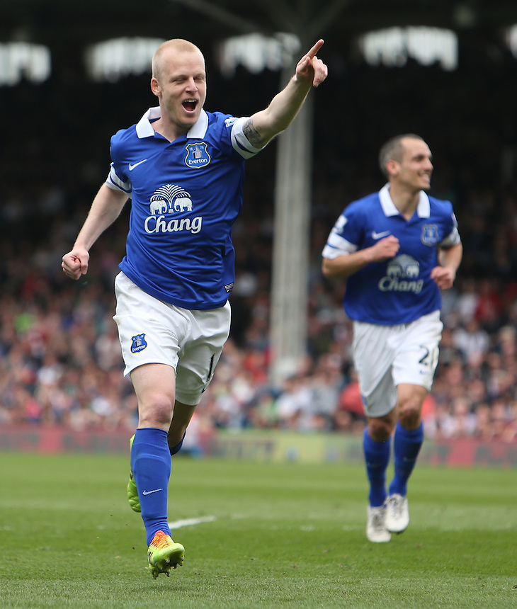 Everton's Steven Naismith celebrates scoring his sides first goal <br /> <br /> Photo by Kieran Galvin/CameraSport<br /> <br /> Football - Barclays Premiership - Fulham v Everton - Sunday 30th March 2014 - Craven Cottage - London<br /> <br /> &copy; CameraSport - 43 Linden Ave. Countesthorpe. Leicester. England. LE8 5PG - Tel: +44 (0) 116 277 4147 - admin@camerasport.com - www.camerasport.com