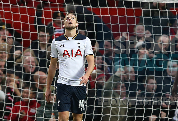 Harry Kane of Tottenham dejected after giving away the ball leading to Utd's first goal during the English Premier League match at Old Trafford Stadium, Manchester. Picture date: December 11th, 2016. Pic Simon Bellis/Sportimage