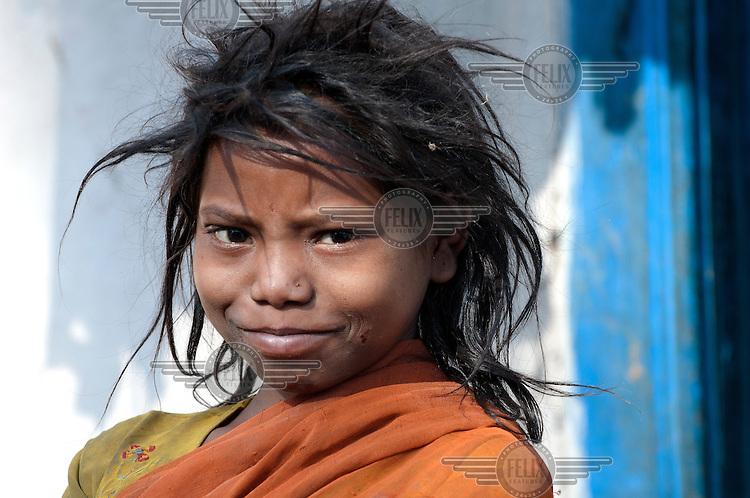 INDIA : Jharkhand  West Bokaro  Girl in the village of Pundi