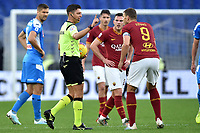 Referee Gianluca Rocchi talks to Edin Dzeko of AS Roma after temporarly suspended the match for racists chants of  AS Roma fans <br /> Roma 2-11-2019 Stadio Olimpico <br /> Football Serie A 2019/2020 <br /> AS Roma - SSC Napoli <br /> Foto Andrea Staccioli / Insidefoto