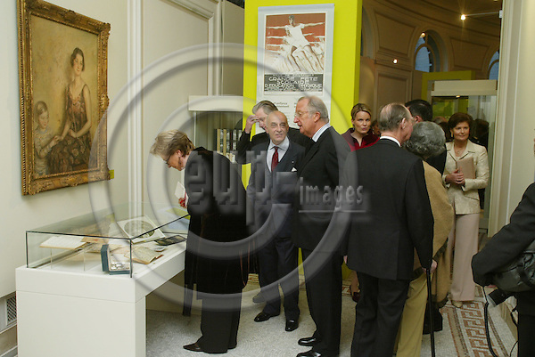 "BRUSSELS - BELGIUM - 17 NOVEMBER 2005 -- Queen Paola and King Albert II at the exhibition about ""Queen Astrids life in Belgium"".  PHOTO: ERIK LUNTANG / EUP-IMAGES.."