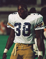Willard Reaves Winnipeg Blue Bombers running back 1983. Copyright photograph Scott Grant