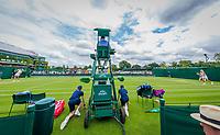 London, England, 4 th July, 2017, Tennis,  Wimbledon, Sorana Cirstea (ROU) (L) vs Kiki Bertens (NED)<br /> Photo: Henk Koster/tennisimages.com