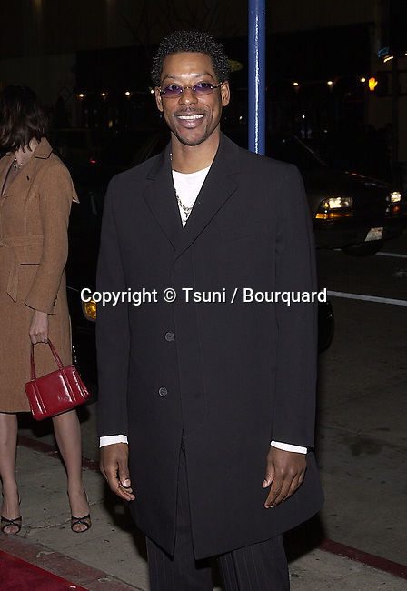 "Orlando Jones arriving at the premiere of "" Say It Isn't So ""  at the Mann Village Theatre in Los Angeles   3/12/01   © Tsuni          -            OrlandoJones01.jpg"