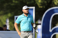 Tyrrell Hatton (ENG) on the 16th tee during the 1st round of the DP World Tour Championship, Jumeirah Golf Estates, Dubai, United Arab Emirates. 15/11/2018<br /> Picture: Golffile | Fran Caffrey<br /> <br /> <br /> All photo usage must carry mandatory copyright credit (&copy; Golffile | Fran Caffrey)