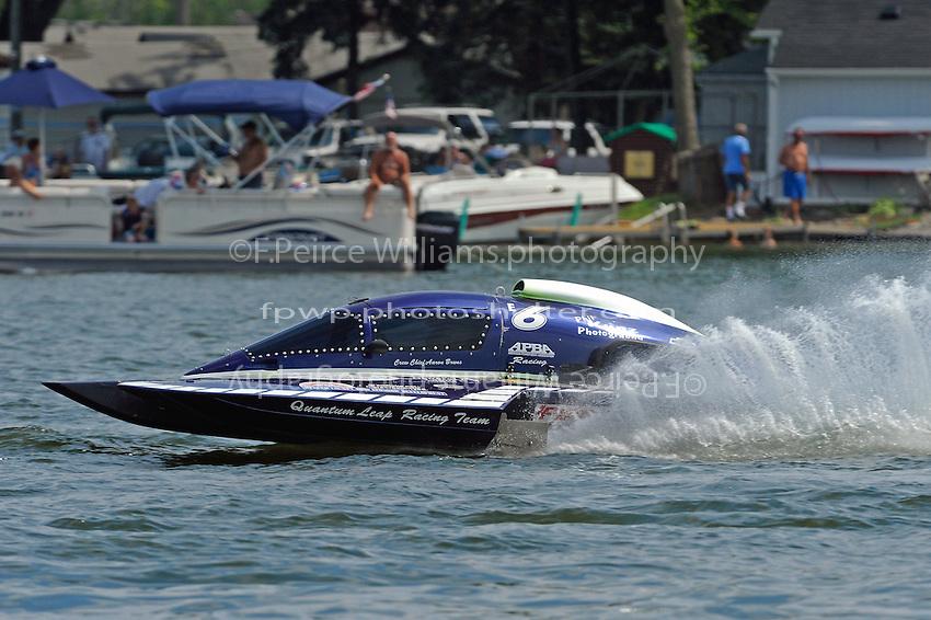 """Mike Bruns, E-6 """"Quantum Leap"""" (5 Litre class hydroplane(s)"""