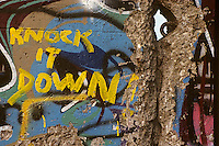 'Knock it down!' - graffiti, Berlin Wall west zone.10 November 1989