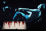 LE DERNIER TESTAMENT DE MELANIE LAURENTD'après Le Dernier Testament de Ben Zion Avrohom de James FreyAdaptation Mélanie Laurent et Charlotte FarcetMise en scène Mélanie LaurentAssistante à la mise en scène Amélie WendlingDramaturgie Charlotte FarcetScénographie Marc Lainé et Stephan ZimmerliCréation Lumières Philippe BerthoméChorégraphie Arthur PeroleMusiques Marc Chouarain en collaboration avec Mélanie LaurentCostumes Béatrice RionMaquillage et coiffure Heidi BaumbergerVidéo Renaud VerceyRéalisation et régie son Maxime ImbertAccessoires Lionel ScreveRégie générale Karl GobynRégie lumière Pauline MouchelArrangement choeur Jérôme BillyTraduction anglaise et régie surtitre Mike SensÉquipe de tournage Alexandre Leglise (Chef opérateur), Raphaël Dougé (Assistant caméra), Antoine Roux (Chef électro), Grégory Loffredo (Cascadeur)Avec Olindo Bolzan, Stéphane Facco, Gaël Kamilindi, Jocelyn Lagarrigue, Nancy Nkusi, Morgan PerezCréation au Théâtre du Gymnase le 20 septembre 2016Compagnie : Cadre : Date : 25/01/2017Lieu : Théâtre de ChaillotVille : Paris© Laurent Paillier / photosdedanse.com