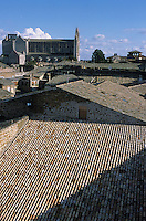 Europe/Italie/Ombrie/Orvieto : Depuis le palais du peuple vue sur le Duomo et les toits de la ville