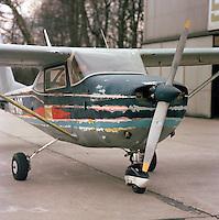 April 1986.  Cessna 172 vliegtuig van de RAAC op de luchthaven van Deurne.