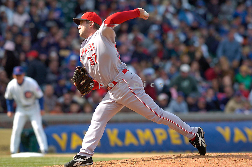 RHEAL CORMIER, of the Cincinnati Reds, in action during their game against the Chicago Cubs on April 13, 2007  in Chicago, IL...Reds win 6-5....DAVID DUROCHIK / SPORTPICS..