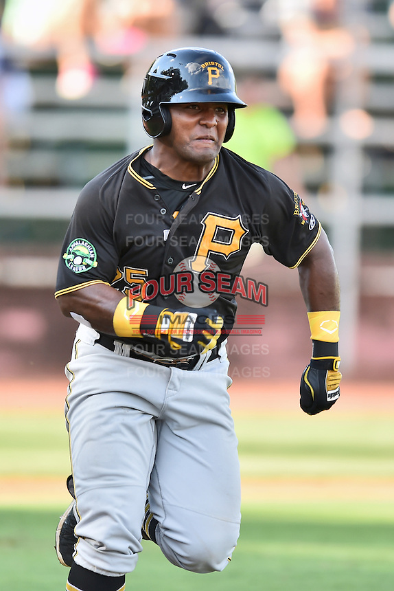 Bristol Pirates right fielder Alex Bastardo (25) runs to first base during a game against the Elizabethton Twins at Joe O'Brien Field on July 30, 2016 in Elizabethton, Tennessee. The Twins defeated the Pirates 6-3. (Tony Farlow/Four Seam Images)