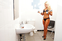 23/10/2010. Irish female physique and figure fitness national championships. Leona Spellman is pictured backstage during the female figure fitness category as part of the 2010 RIBBF national bodybuilding championships at the University of Limerick Concert Hall, Limerick, Ireland. Picture James Horan.
