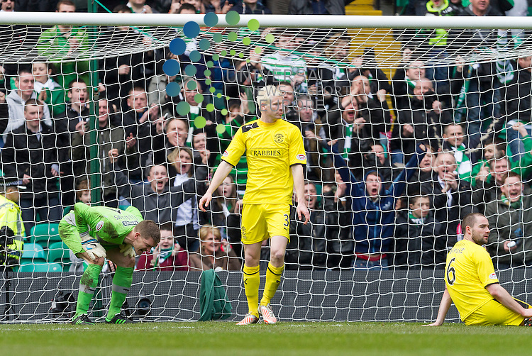 Celtic v Hibernian  SPL season 2012-2013 ..Ben Williams is not happy with defence during the Clydesdale Bank Premier League match between Celtic and Hibernian at Celtic Park Stadium, Glasgow on 6 April 2013...Picture: Alan Rennie/Universal News and Sport (Scotland).