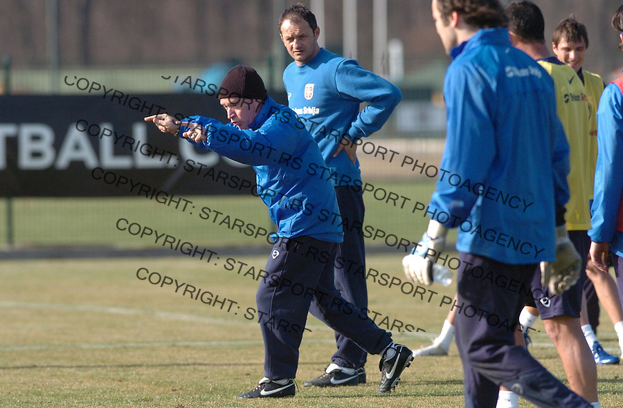 Sport Fudbal Reprezentacija Srbija Soccer Srbia National Ream Trening Training Javier Clemente Klemente 7.2.2007. Photo: Pedja Milosavljevic
